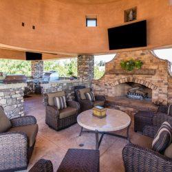 Fire pits vs. fireplace – a Hot Topic for your Inland Empire area home